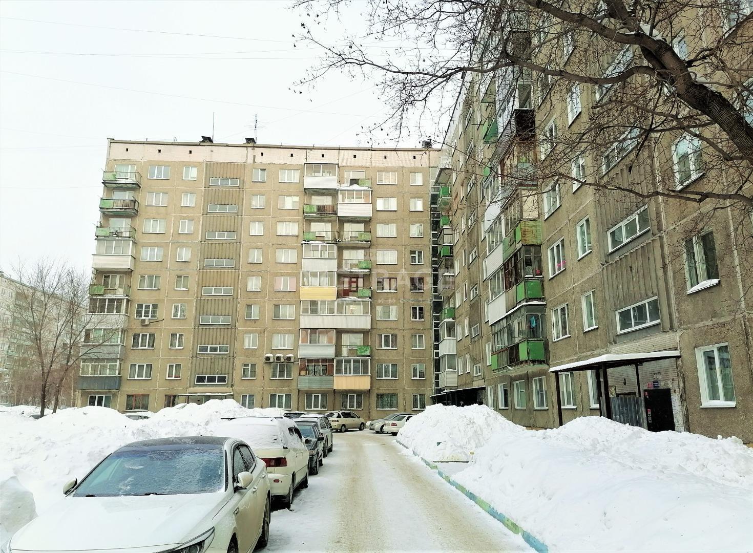 Полтавская, 47, 3-комнатная квартира