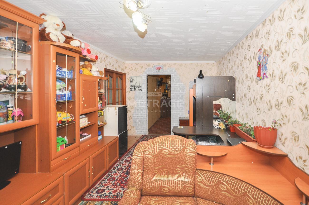 Комсомольская, 3, 3-комнатная квартира