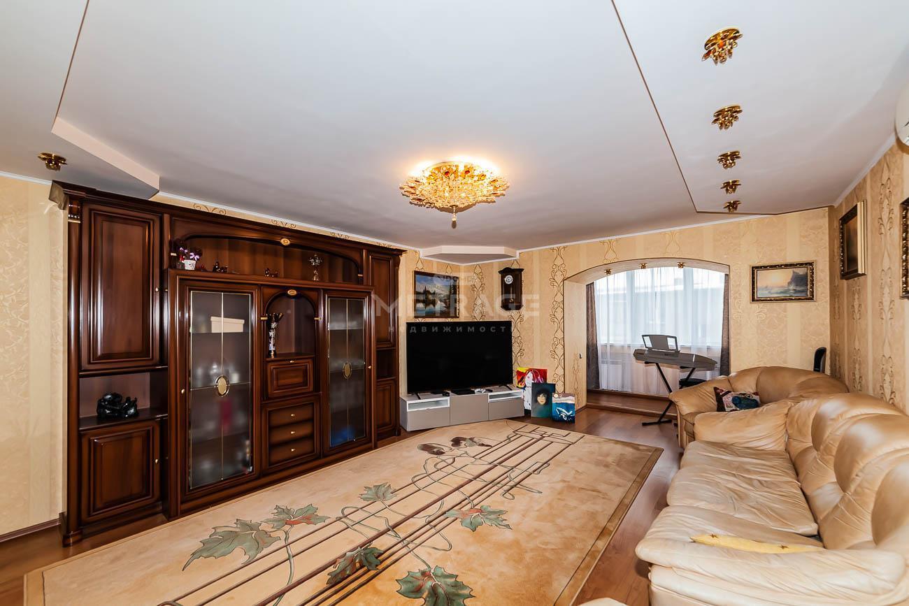 Писарева, 82, 3-комнатная квартира